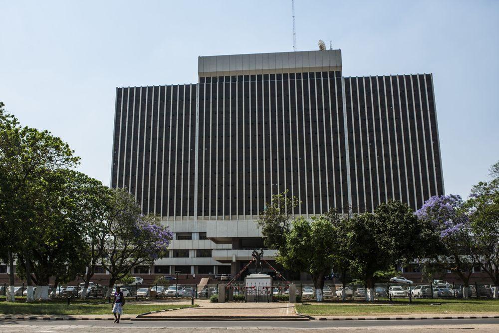 Zambia's Bonds Plummet on Concern It's Pulling a Mozambique